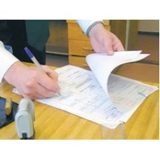 Подписание счетов-фактур: лично или через посредника?